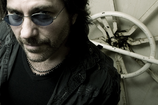 Photo of Kip Winger (Winger, Alice Cooper)