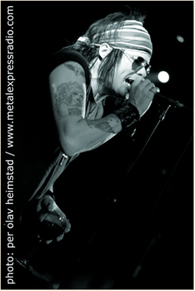 Photo of Joe Leste (Bang Tango)