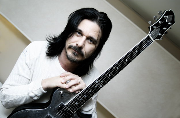 Photo of Gilby Clarke (ex Guns N' Roses)