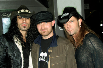 Photo of Eric Sardinas (l)